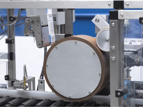 Horizontal Roller In-Line Labeler HR thumbnail